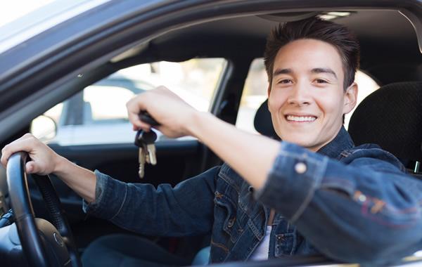 دورة لرخصة قيادة السيارة B وأسئلة امتحانات